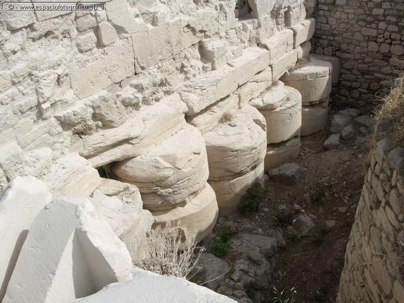 Detalle de cimientos en el Erecteion