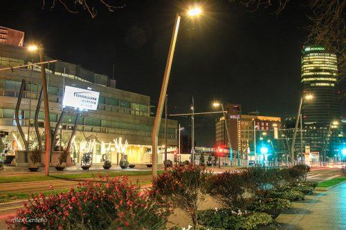 Vista del Euskalduna Nocturna