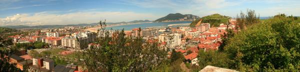Panoramica del pueblo de Laredo en Cantabria