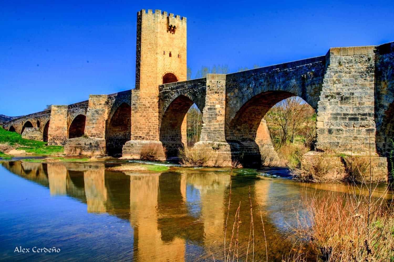 Frias medieval, puente estilo Romano