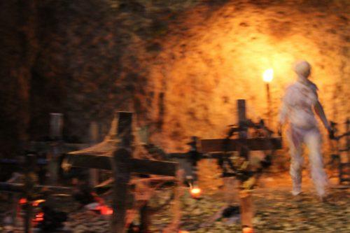 Los espiritus se levantan en la noche de Noche de Halloween
