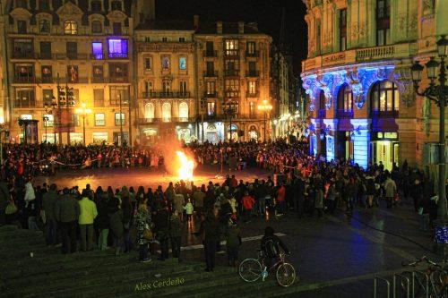Plaza del Arriga en la quema de la sardina