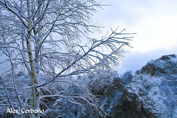Aizkorri Montes nevados de Aranzazu