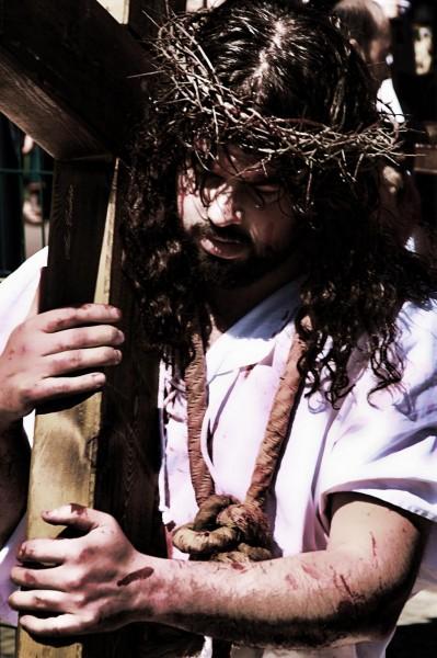 Jesus-y-la-cruz
